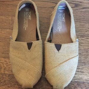 Womens size 6 TOMS, worn once